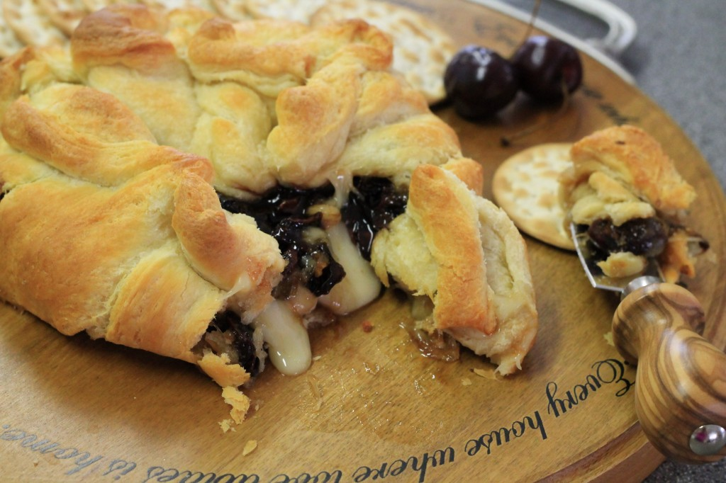 Baked Brie with Roasted Cherries