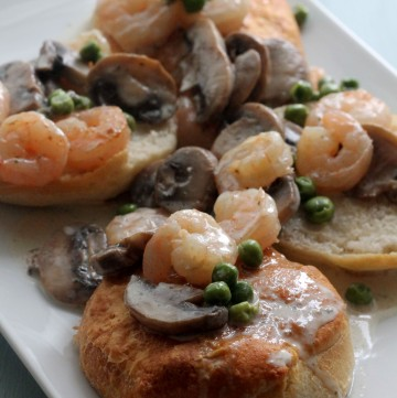 Creamy Shrimp with Mushrooms and Peas served over fluffy biscuits | Hall Nesting