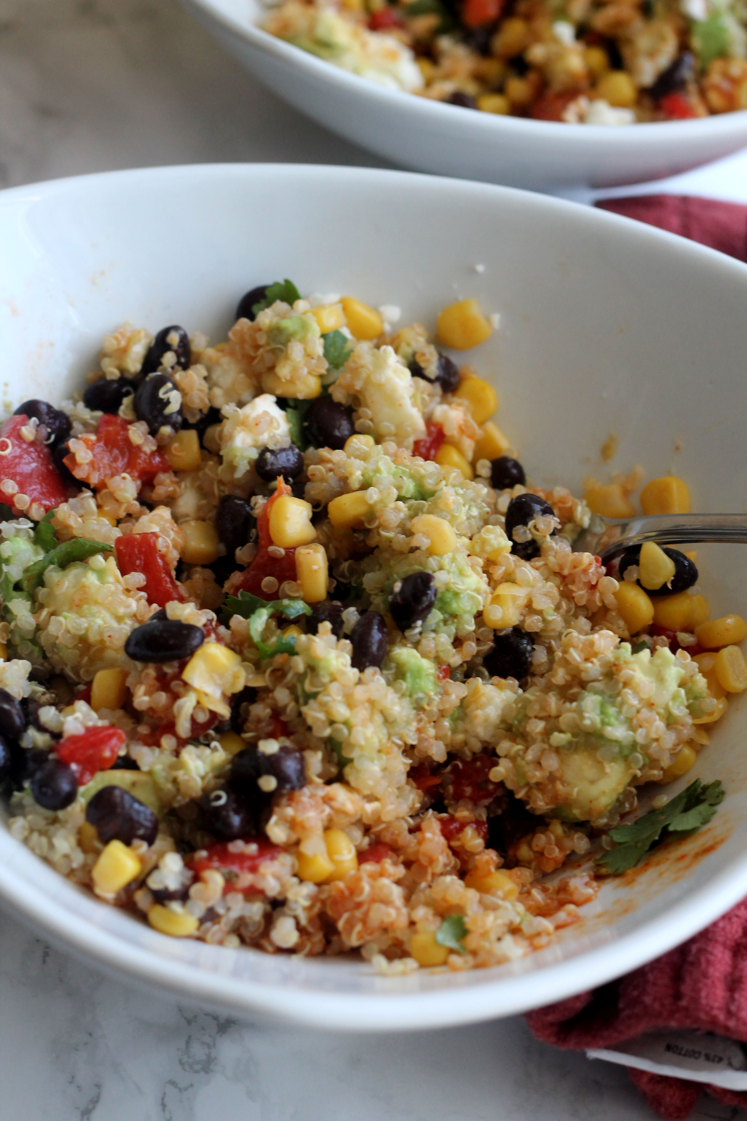 Southwestern Quinoa Bowl - Easy to make and full of flavor!