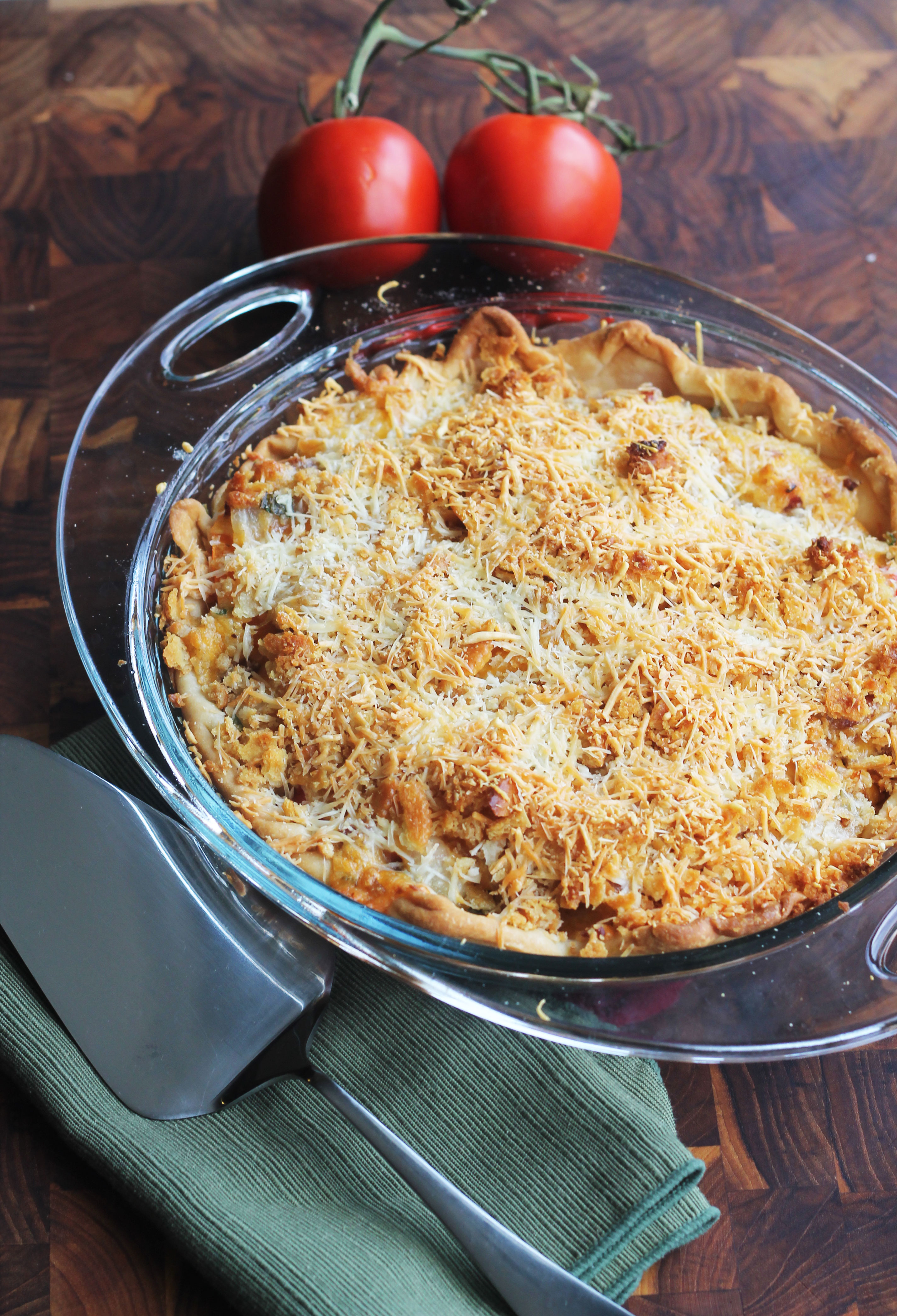 Tomato Onion Bacon Pie - using fresh tomatoes, crisp bacon and sweet caramelized onions