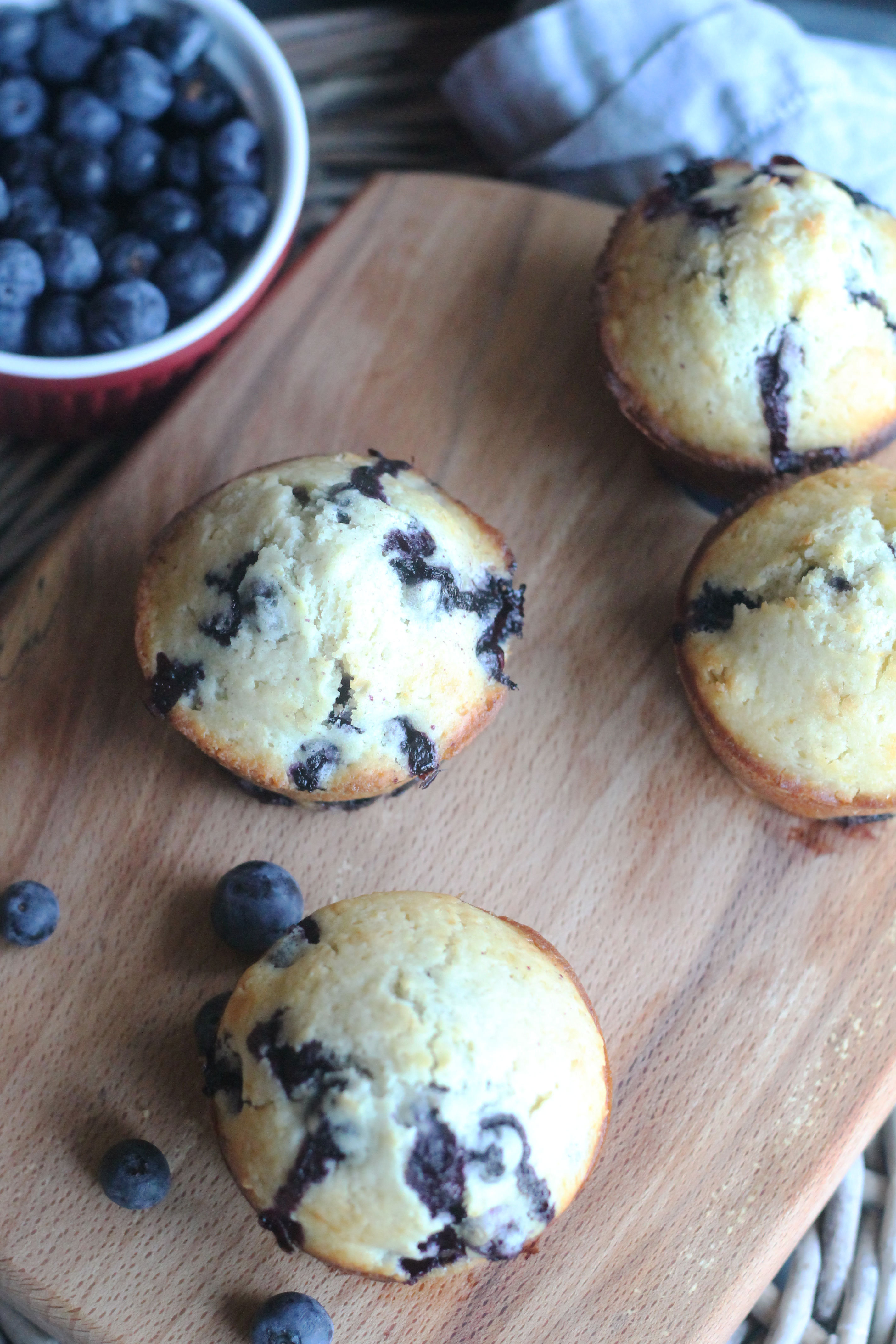 It's time for breakfast so start your morning with these Blueberry Muffins