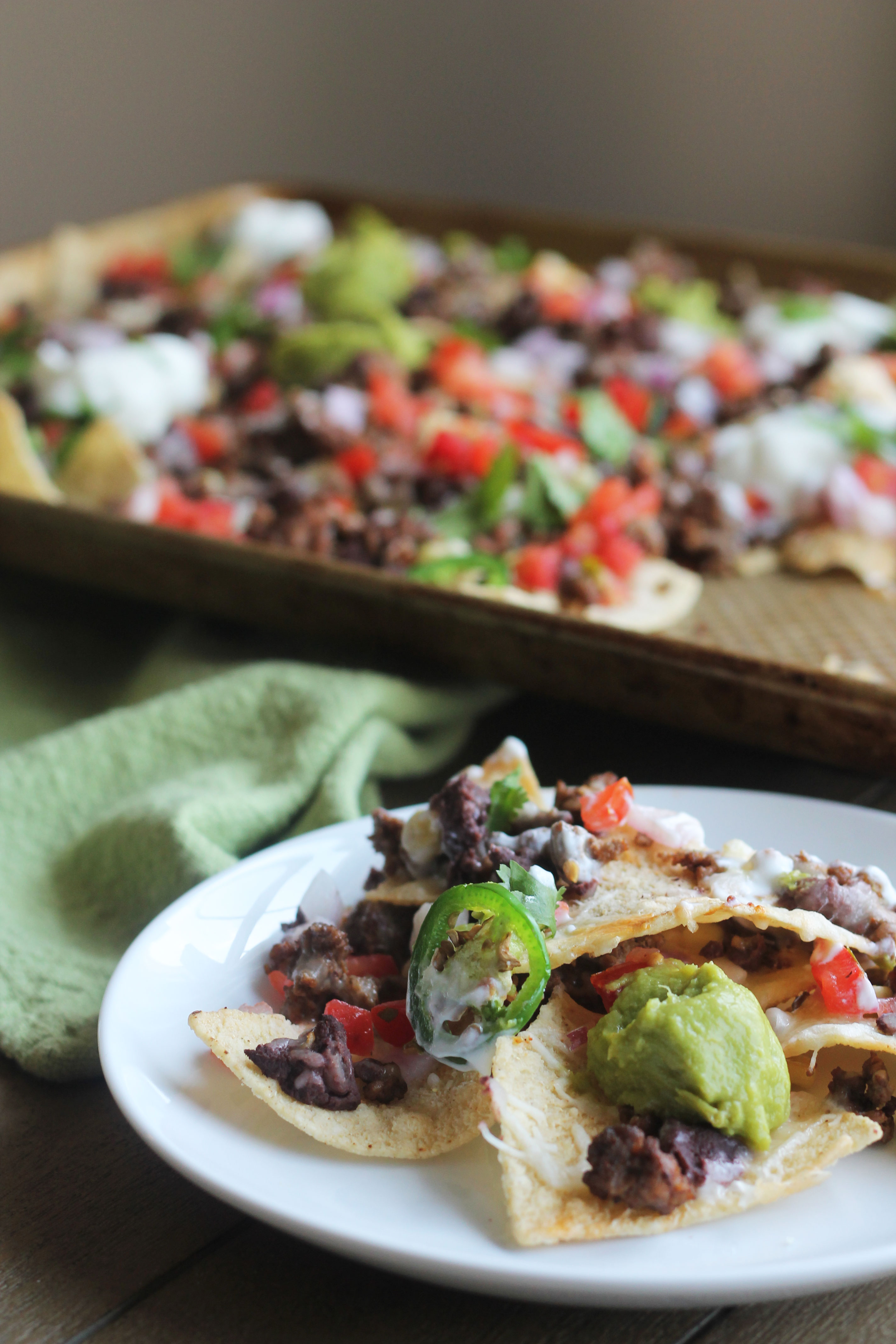 Need a crowd pleasing dish? Then look no further than these Sheet Pan Beef Nachos